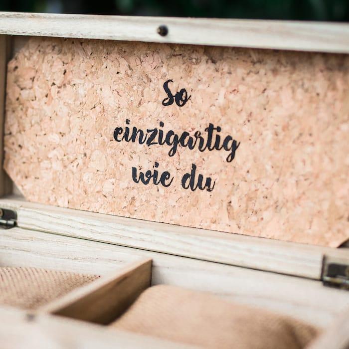 Holzkernbox für 2 liebste Unikate Slider EN 4
